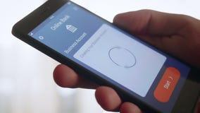Começando a conta do negócio usando-se depositando o app vídeos de arquivo