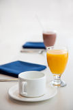 Começo de um pequeno almoço saudável Foto de Stock