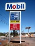 Começo do preço de gás a cair Imagens de Stock Royalty Free