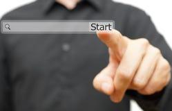 Comece seu trabalho novo, carreira ou projete-o em linha oportunidade do achado Fotos de Stock
