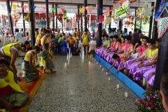 Comemora o festival de Songkran no estilo de Tailandês-segunda-feira Imagem de Stock