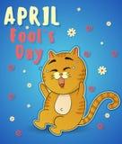 Comemorando o dia dos enganados Feriado da mola Riso bonito do gato Ilustração para o cartão, promoção do vetor Fotografia de Stock Royalty Free