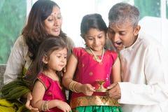 Comemorando o diwali Fotografia de Stock