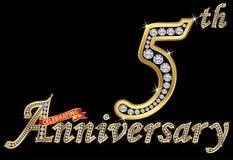Comemorando o sinal dourado do 5o aniversário com diamantes, vetor mim Fotografia de Stock