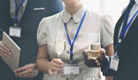 Comemore o conceito do álcool da reunião do rafrescamento dos elogios foto de stock royalty free