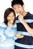 Comendo microplaquetas Imagens de Stock