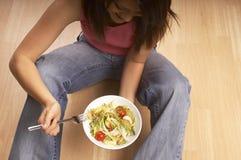 Comendo o alimento saudável fotos de stock