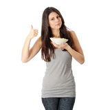 Comendo o espaguete Fotografia de Stock Royalty Free