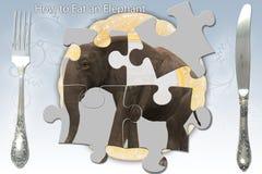 Comendo um elefante Fotografia de Stock Royalty Free