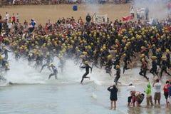 Começo do triathlon de Ironman Fotografia de Stock