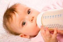 Comer do bebê Foto de Stock Royalty Free