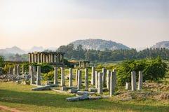 Comercialice el complejo del templo de Vitthala en Hampi, la India Imagenes de archivo