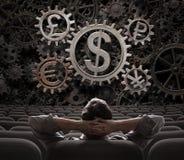 Comerciante ou corretor que olham na ilustração das engrenagens de funcionamento 3d das moedas Imagens de Stock