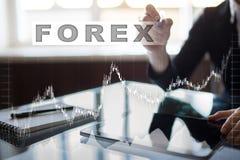 Comercio de las divisas, inversión en línea Concepto del negocio, de Internet y de la tecnología Imágenes de archivo libres de regalías
