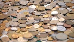 Comercio global económico y financiero - monedas del mundo de todos los continentes metrajes