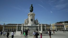 Comercio Lisboa cuadrada metrajes