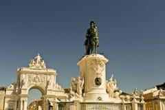 comercioen gör för den konunglisbon portugal för I jose statyn pracaen Royaltyfri Fotografi