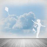 Cometa de la muchacha y del vuelo Imagenes de archivo