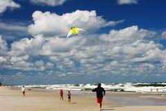 Cometa en la playa Imágenes de archivo libres de regalías