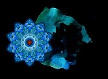 Cometa stilizzata nella mandala del fiore di forma e nel punto dell'acquerello, coda simbolizzata Reticolo cosmico Bella carta, a illustrazione di stock