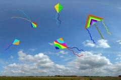 Cometas con el cielo Imagen de archivo libre de regalías