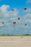 Cometas sobre la playa en Ording Imágenes de archivo libres de regalías
