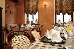 Comfortabel restaurant Royalty-vrije Stock Afbeelding