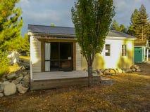 Comfortabele cabine in het bos Royalty-vrije Stock Foto