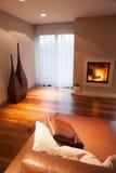 Comfortabele elegante woonkamer stock foto's