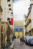 Comfortabele Franse straat Royalty-vrije Stock Foto