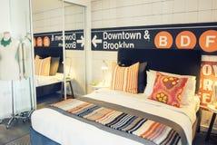 Comfortabele huisslaapkamer Stock Fotografie