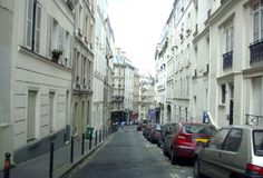 Comfortable Parisian street Royalty Free Stock Photography
