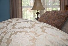 comforter łóżkowe poduszki obrazy royalty free