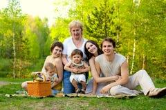 Comida campestre de la familia Foto de archivo libre de regalías