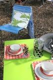 Comida campestre en jardín Foto de archivo