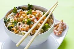 Comida china con los camarones Imagenes de archivo