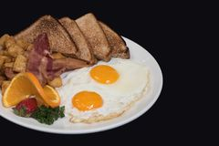 Comida cocinada hogar del desayuno del país Imágenes de archivo libres de regalías