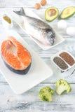 Comida con las grasas Omega-3 fotografía de archivo