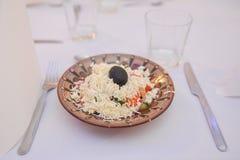 Comida de Balkanian en restaurante Imagenes de archivo