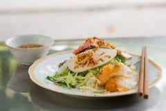 Comida de carne cocida al vapor vietnamita del papel de arroz Imagenes de archivo