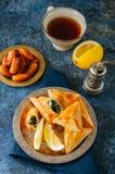 Comida de Iftar durante el concep del Ramadán, árabe y de Oriente Medio de la comida imagenes de archivo