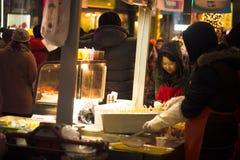 Comida de la calle alrededor de Seul, Corea del Sur Fotografía de archivo