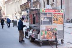 Comida de la calle de New York City Fotos de archivo libres de regalías