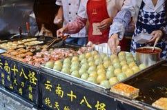 Comida de la calle en China imagenes de archivo