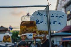 Comida de la calle en la ciudad de China, Bangkok Imagen de archivo libre de regalías