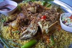 Comida de la cena del Ramadán del arroz de Biryani para el Islam, concepto: Comida cocinada deliciosa del hyderabadi para la gent fotografía de archivo libre de regalías