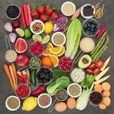 Comida de la dieta con la medicina herbaria Imagen de archivo libre de regalías