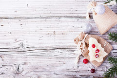 Comida de la diversión para que niños y adultos tuesten el almuerzo festivo en Año Nuevo de la Navidad del pan blanco en los árbo Fotos de archivo
