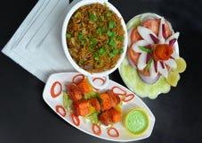 Comida de la comida de pollo y del arroz Fotos de archivo