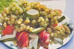 Comida de la recepción, abastecimiento del restaurante, disco de la fruta Foto de archivo libre de regalías